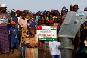NİJER´de Hayırseverlerimizin Katkısı ile 2 Adet Su Kuyumuz Açıldı