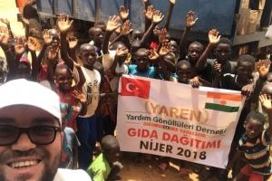 Bu Bayramda da sıcacık Tebessümlerinizi Nijer ve Arakan Kamplarına Götürüyoruz