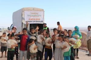 Suriye'deki Kamplarda Ekmek Dağıtımımız Devam Ediyor