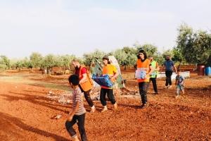Suriye Bölgelerinde Yardımlarımız Devam Ediyor