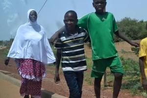Yarender Gülümse(t)mek için Nijer'de