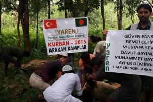 Arakan Kamplarında Kurbanlar Kesiliyor