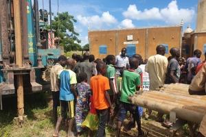 Afrika Burkina Faso'da Bir Su Kuyusu Daha Açılıyor