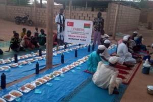 Burkina Faso'da İftarlarımız Devam Ediyor