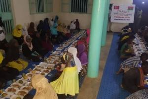 Burkina Faso'da Kumanya ve İftar Programları Devam Ediyor