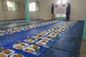 Burkina Faso'da Yetimhanelerdeki İftar Devam Ediyor