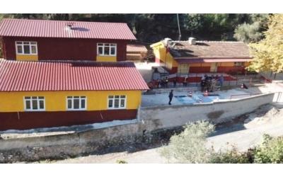 YarenDer'den Hatay'da okul onardı