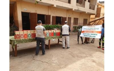 Mali'de Kuran-ı Kerim Dağıtımlarımız Gerçekleştirildi