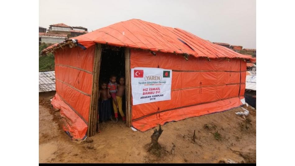 Arakan Kamplarında Su Kuyuları ve Bambu Ev yapımı devam ediyor