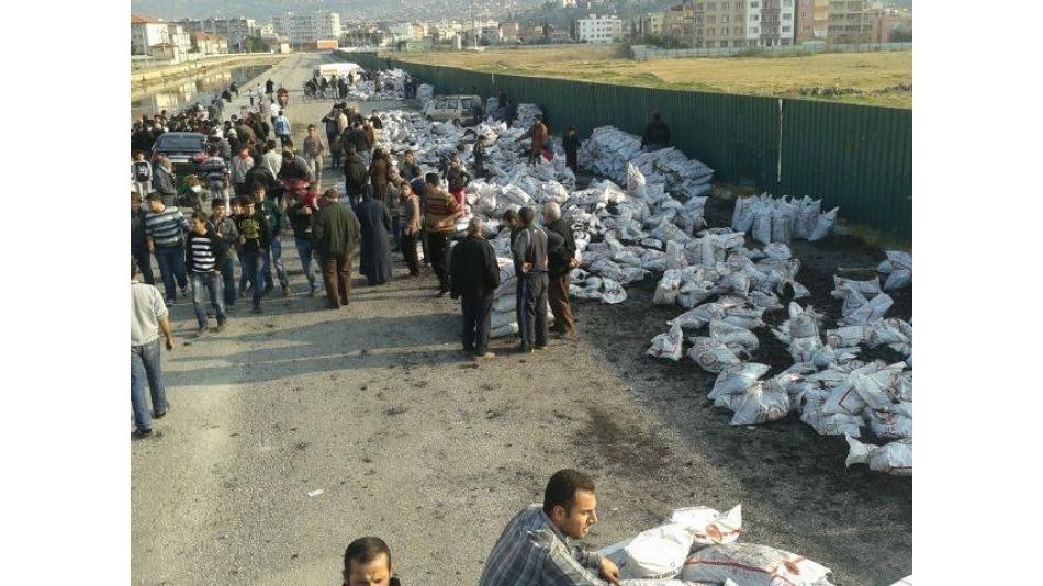 Suriye'li Mültecileri Kömür Yardımı